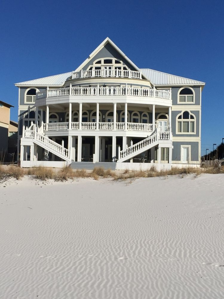 Private Beach House Wedding Reception Sand Dollar Weddings And Receptions