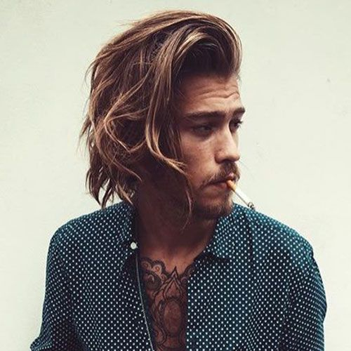 Surfer Hair For Men 21 Cool Surfer Hairstyles 2020 Guide Surfer Hair Long Hair Styles Men Surfer Hairstyles