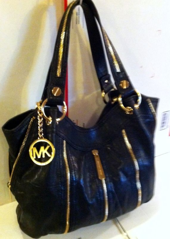 Michael Kors Moxley Bag