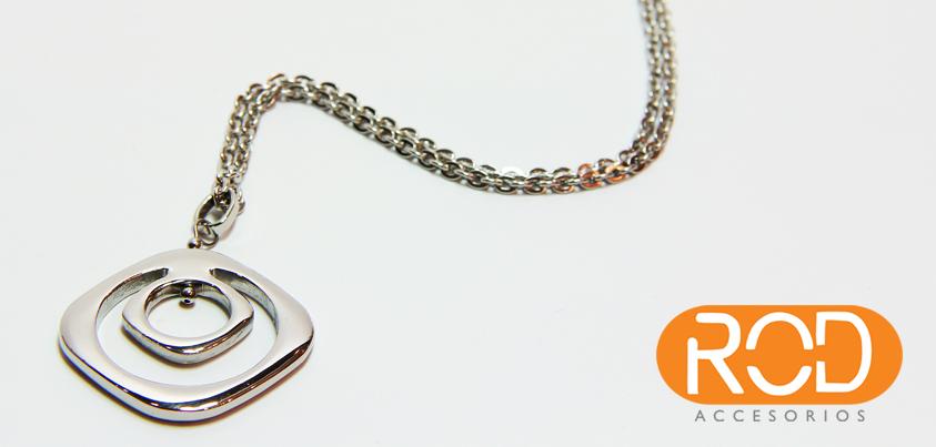En #ROD encuentras #accesorios como esta cadena y dije de acero inoxidable, ¿no les encanta?