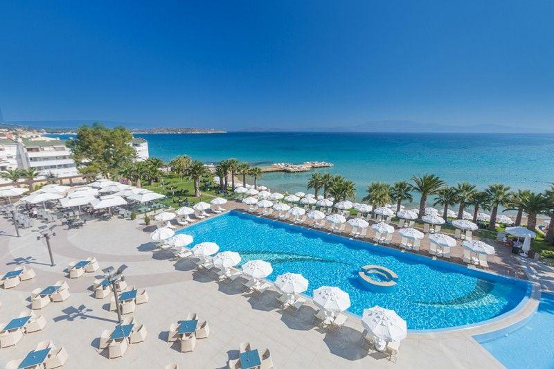 Globally Boyalik Beach Hotel Spa