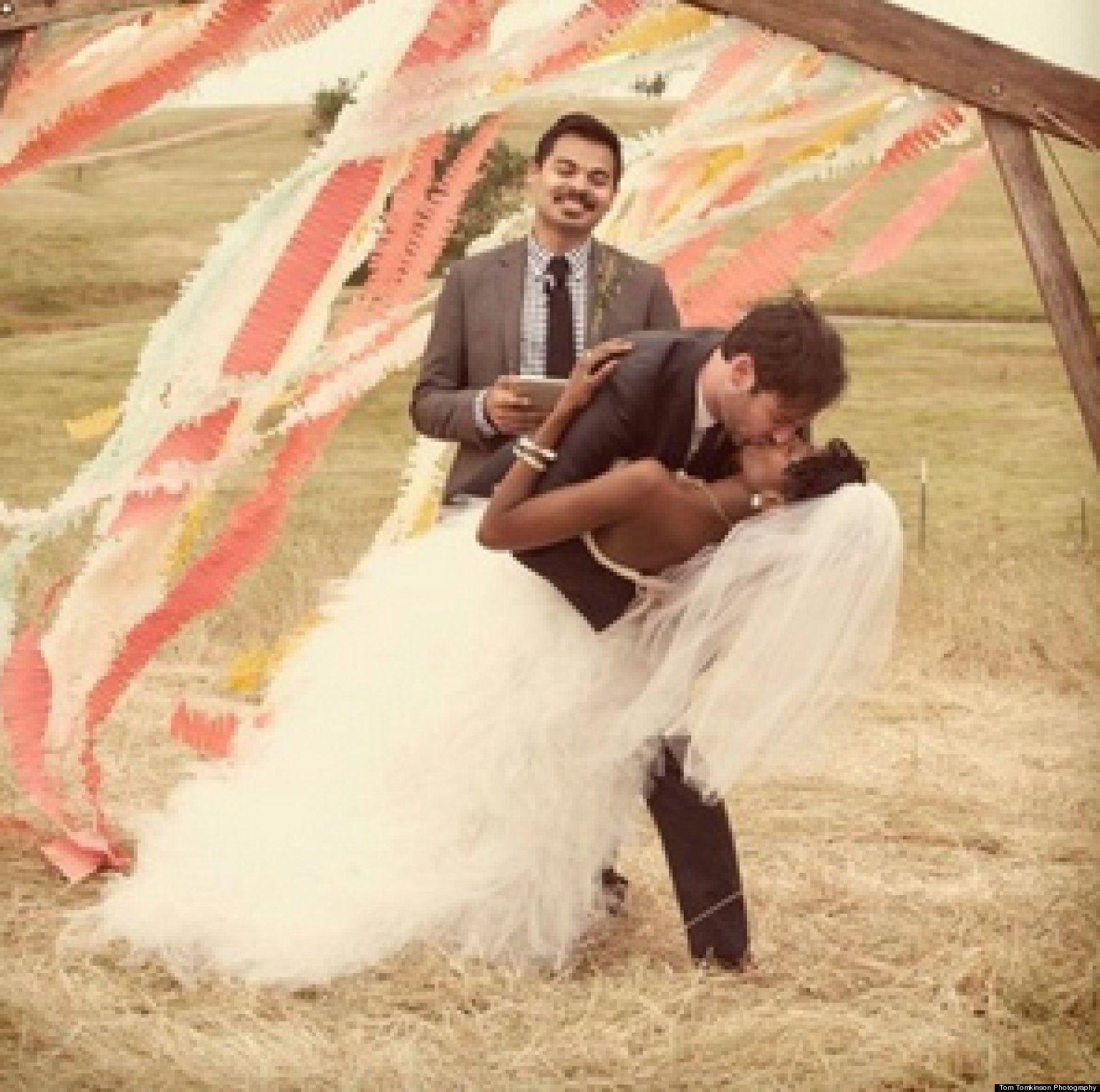 20 adorable wedding moments that will brighten your day romantic 20 adorable wedding moments that will brighten your day romantic cheer and thoughts junglespirit Images
