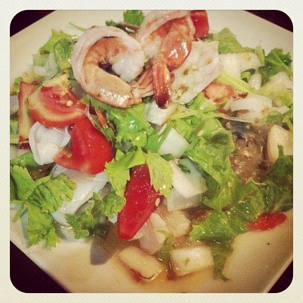 extra hot thai salad
