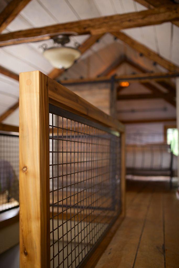 garde d 39 escalier en bois et grillage rustique industriel. Black Bedroom Furniture Sets. Home Design Ideas