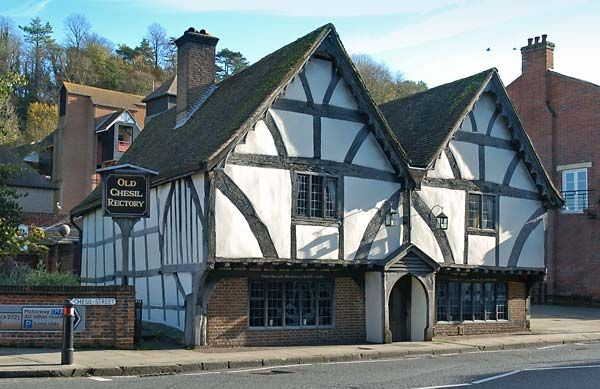 Chesil Rectory - the oldest commercial property in Winchester, built 1450