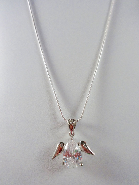 Sparkling angel of heaven swarovski crysal pendant set in kgp