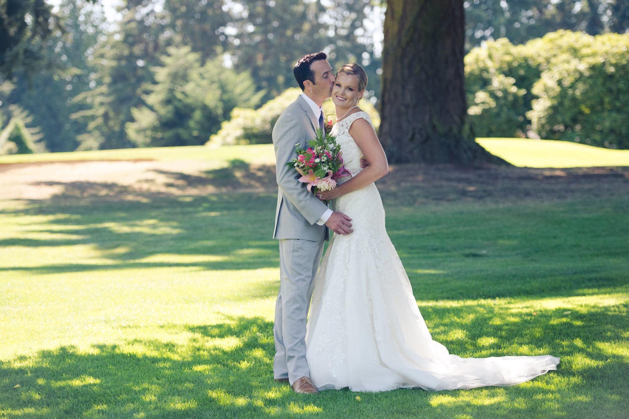 Kelsey Adrienne Photography Wedding Photographypnw Wedding Dresses Photography Fashion