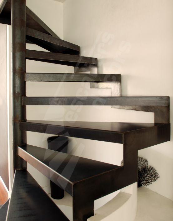 Photo DH57 - SPIR\u0027DÉCO® Standing D\u0027Angle Escalier d\u0027intérieur