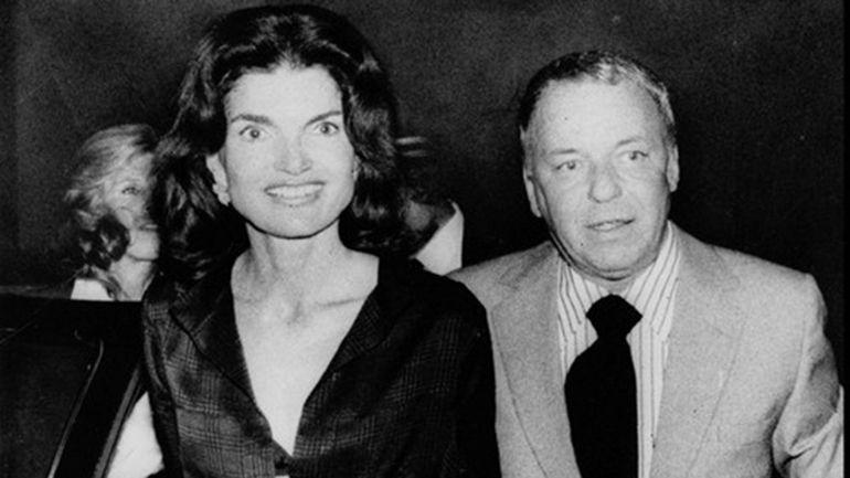 Las Venganzas Secretas De Jackie Kennedy A Jfk Por Sus Engaños Jacqueline Kennedy Onassis Frank Sinatra Jacqueline Kennedy