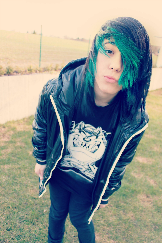 metin mysteriouss  Boys long hairstyles, Boy hairstyles, Long