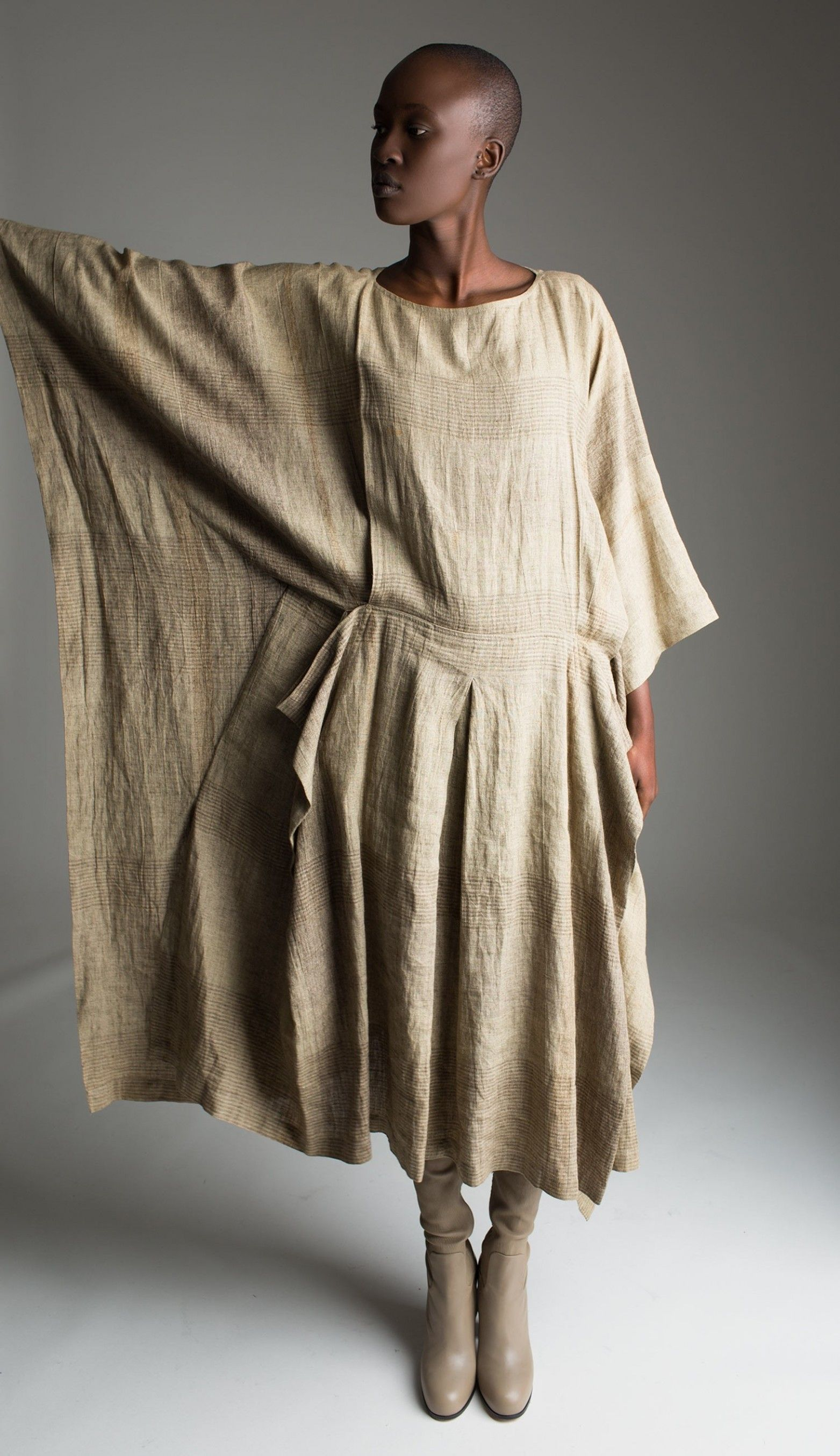 love this style!!!!! Big roomy and classy linen: Vintage Issey Miyake Caftan Dress