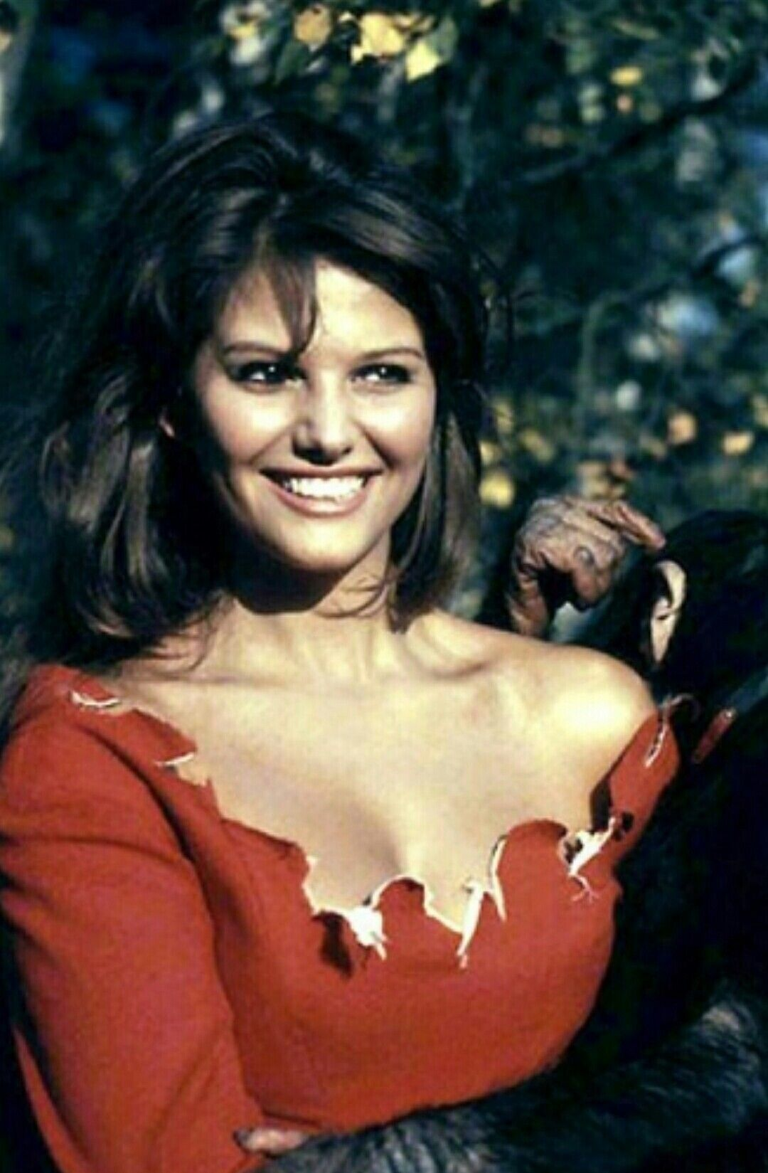 Watch Claudia Cardinale (born 1938 (born and raised in Tunis, Tunisia video