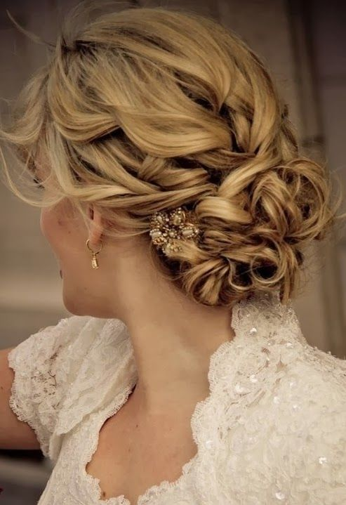 Bridal Hair 25 Wedding Upstyles Updo S Achieve This Wonderfully Styled Upstyle By Pinning
