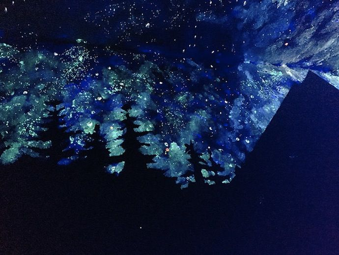 Boy Bedroom Ideas: Woman Creates Glow-In-The-Dark Galaxy Painting ...