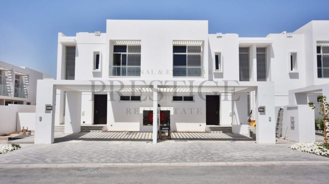 3 Bedrooms Townhouse For Rent In Arabella 1 Mudonmudon Arabella Townhouses 1the Property Offers Spacious And Bright Rooms And Quality Finishes Throughout We Hig