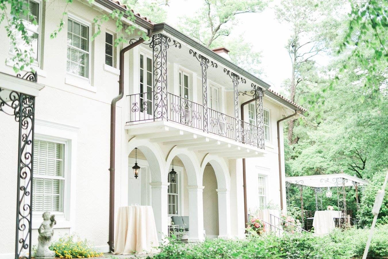 Drengaelen House Of Coker College Hartsville Sc South Carolina Wedding Wedding 18th Wedding Anniversary