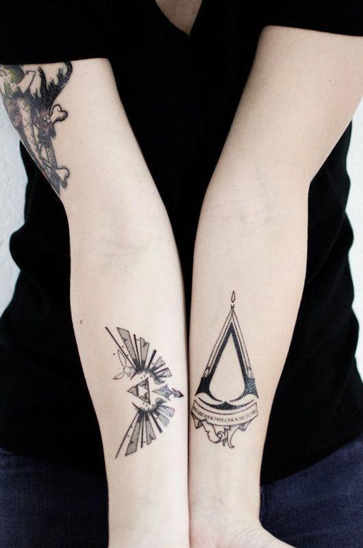 Henna Tattoo Für Jungs: Legend Of Zelda Small Triforce Temporary Tattoo By