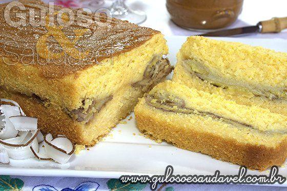 #BomDia! Delicia de café da manhã com o Bolinho ou Bolo de Flocos de Milho Recheado. Alguém quer?  #Receita aqui: http://www.gulosoesaudavel.com.br/2013/09/21/bolo-flocos-milho-recheado/