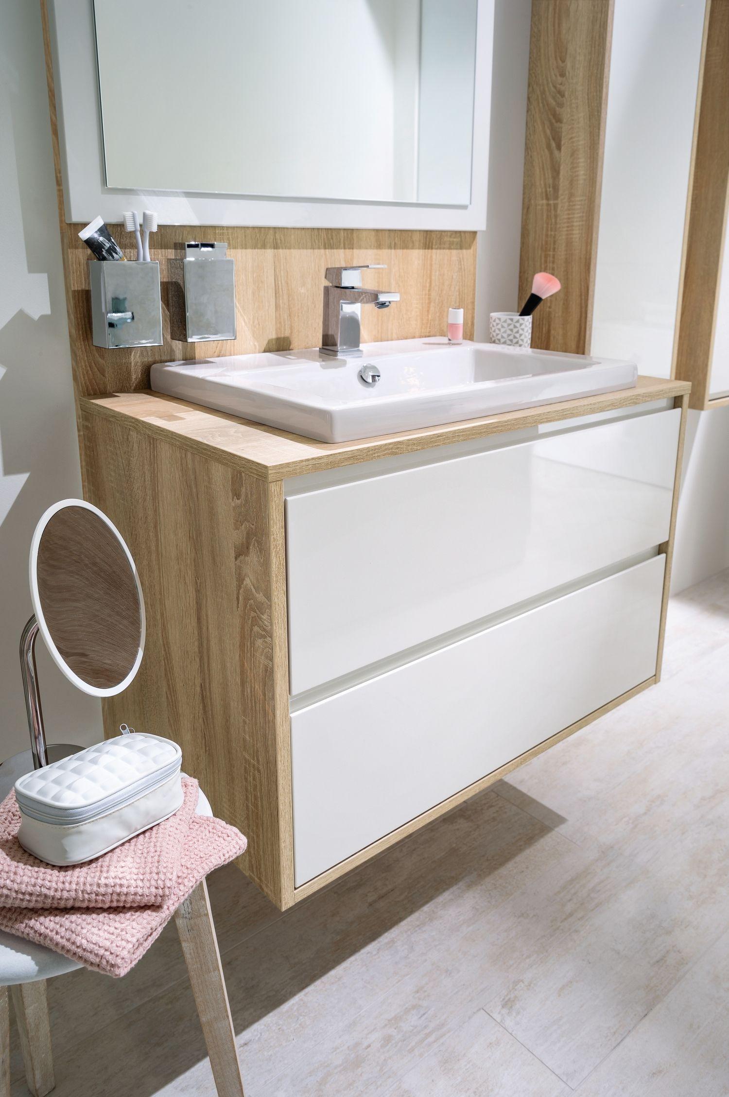 Épinglé sur Salles de bains sur-mesure