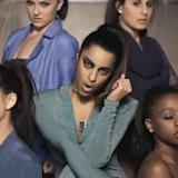 Vinita est une belle artiste de Los Angeles qui a signé dans une major dirigé par Ron Artest et elle est indienne !    En 2013, Vinita est prête à décoller avec son nouveau clip Want Whatchu.