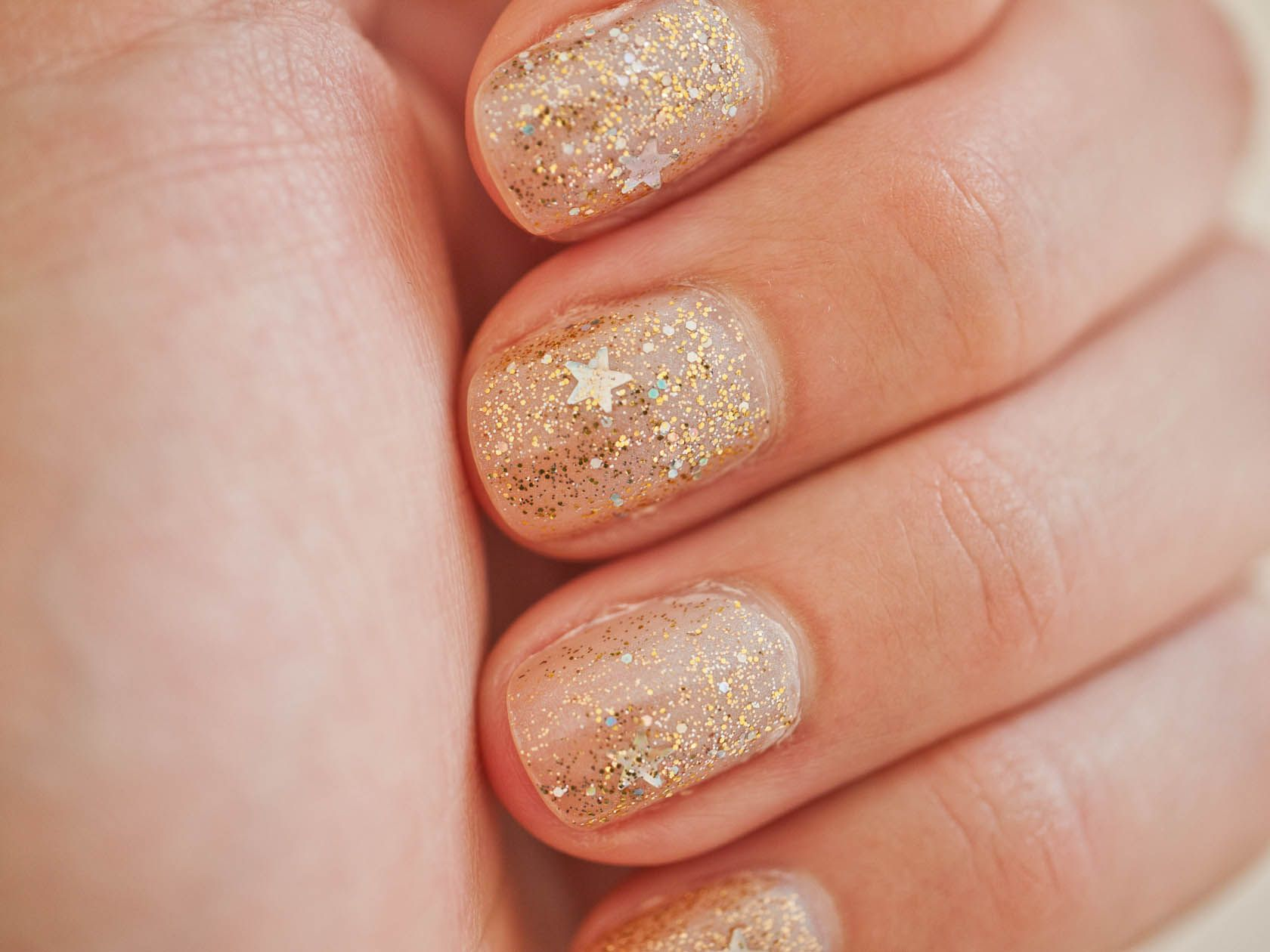 Nail art designs with gold and silver glitter | Fashion Belief ...
