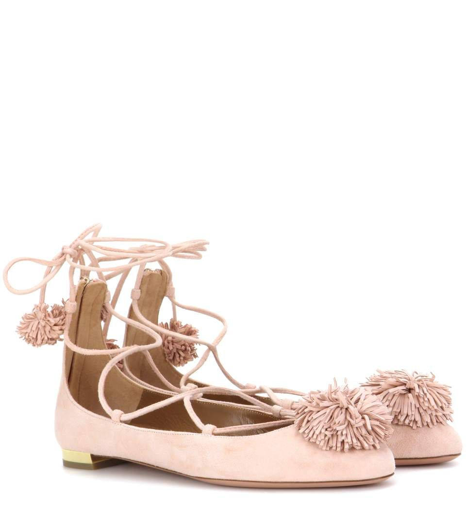 AQUAZZURA - Sunshine Flat suede ballerinas - Aquazzura's Sunshine Flat ballerinas have been expertly crafted in Italy from supple light pink suede. A modest heel in golden metal adds a dose of luxe shine, while fringed pompoms bring a sense of fun to the lace-up pair. Showcase yours with mid-length dresses and cropped denim. - @ www.mytheresa.com