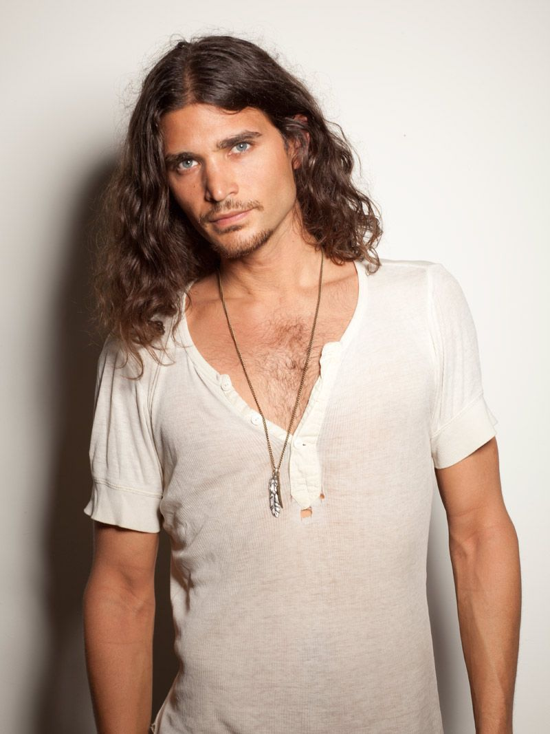 thats why i love long haired men.   Long hair styles men