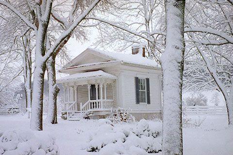 Snow at Historic Lairdland Farm House | Lairdland Farm House