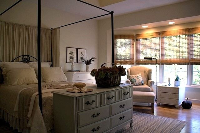 Love this dresser at the end of the bed and the soothing colors
