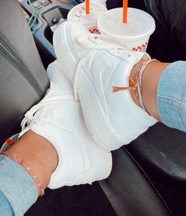 Pin de lu azcuee en sneakersss en 2020 | Zapatos adidas ...