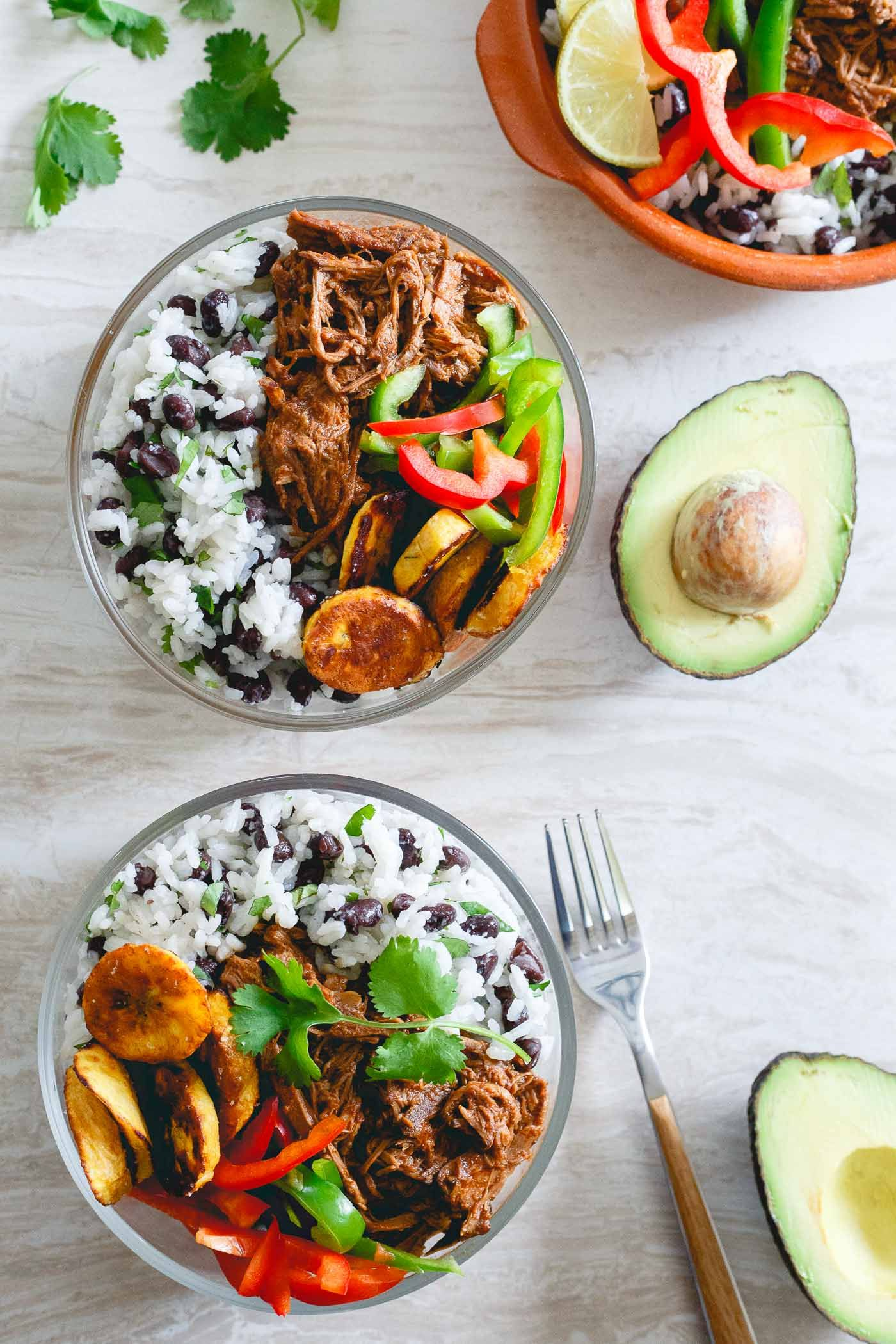 Our favorite food bloggers share their best healthy slow cooker our favorite food bloggers share their best healthy slow cooker recipes httphelloglowbest healthy slow cooker recipes forumfinder Image collections