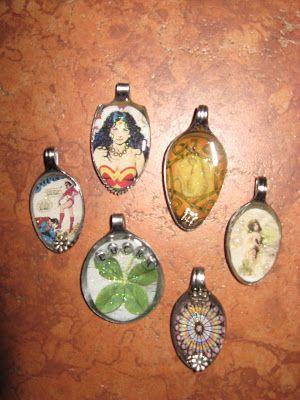 My Naptime Crafts: Resin Spoon Pendants