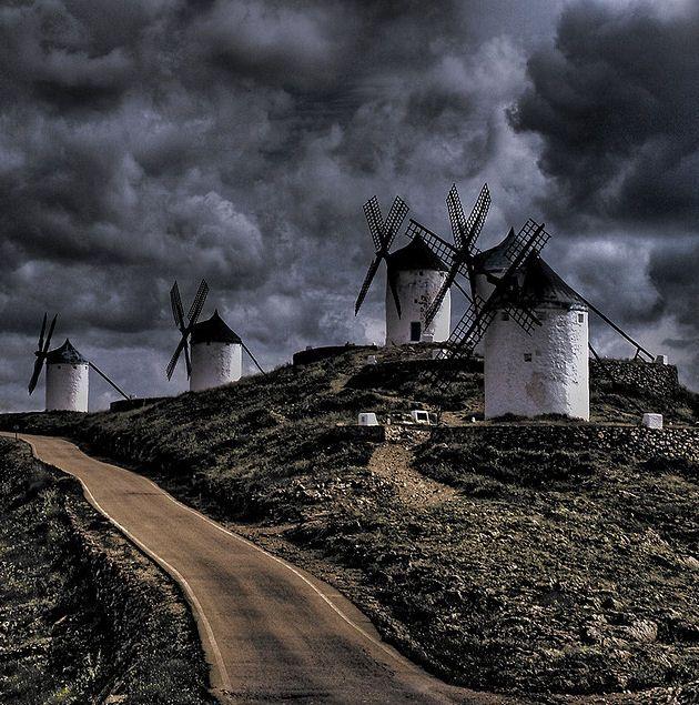 Molinos en consuegra toledo molinos pueblos de espa a for Destinos turisticos espana