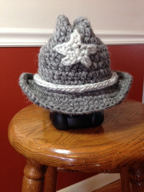 Layne's Cowboy Hat pattern from The Lovely Crow http://www ...