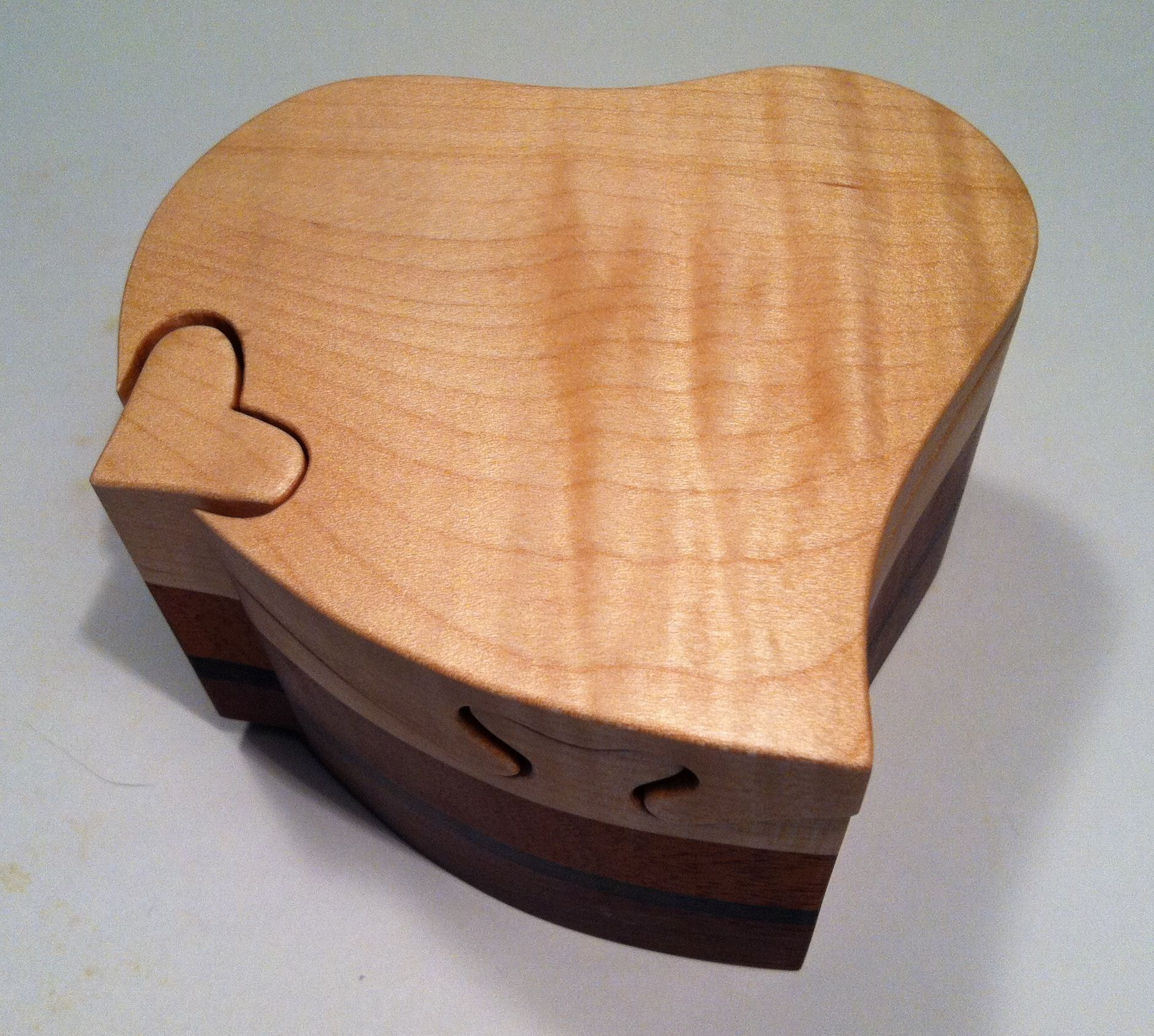 Heart Shaped Wooden Puzzle Box With A Curly Maple Top Wooden Puzzle Box Puzzle Box Wooden Puzzles