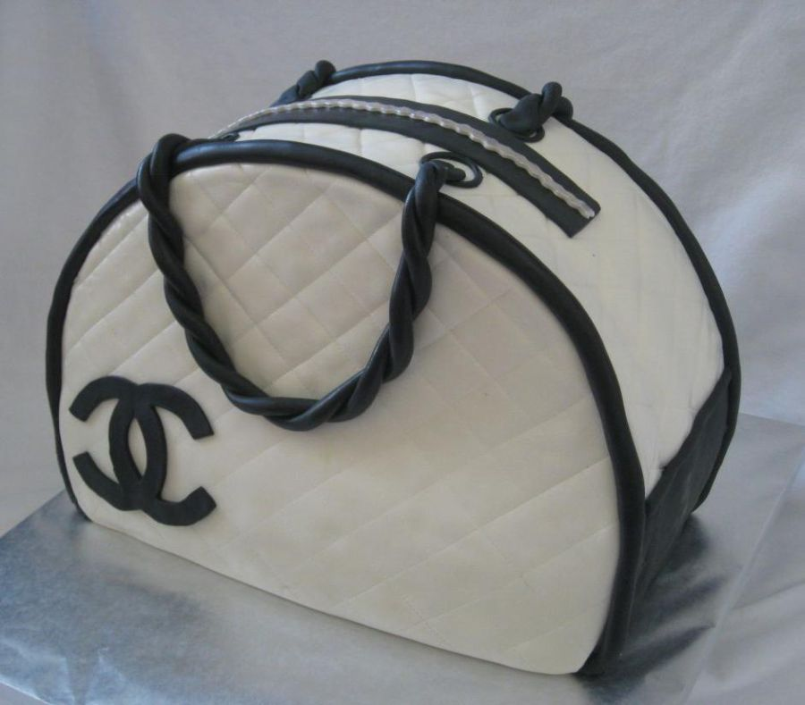 Images Of Pocketbook Cakes Purse Cake Pictures And Ideas