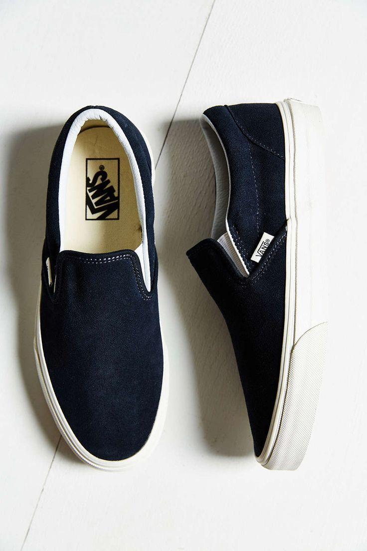 5a110ecd3412f Trendy Women's Sneakers : Vans Vintage Classic Slip-On Sneaker ...