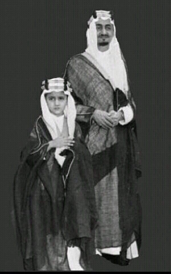 الملك فيصل رحمه الله وابنه سعود الفيصل King Faisal Saudi Arabia Historical Photos
