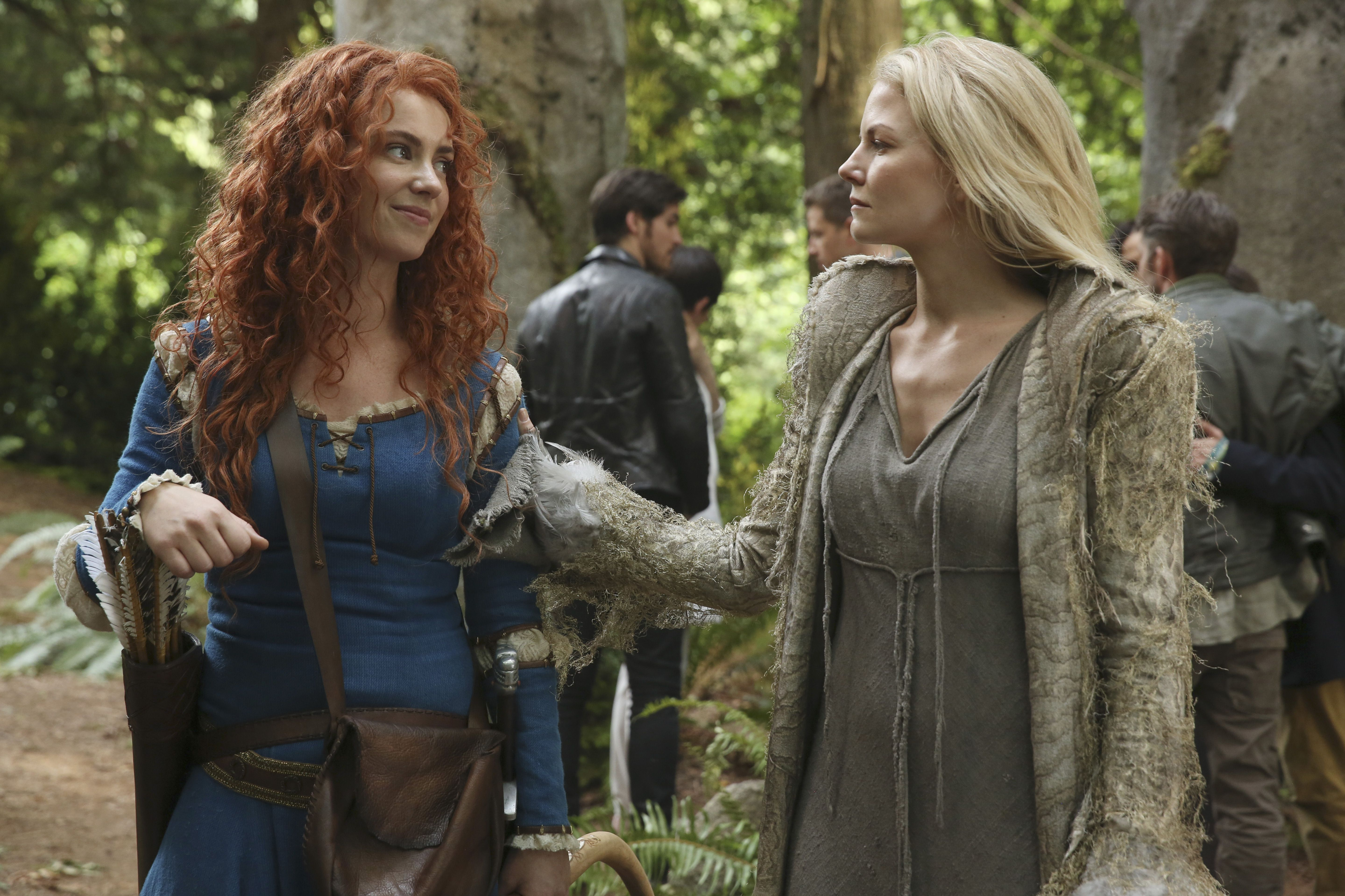 Could this be Arya and Grace?  (Emma and Merida, Once Upon a Time)