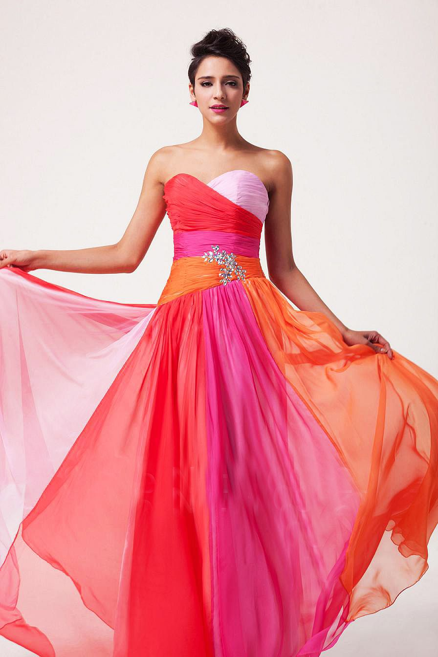 Rochie de seara lunga eleganta, curcubeu stil ombre | Rochii de ...