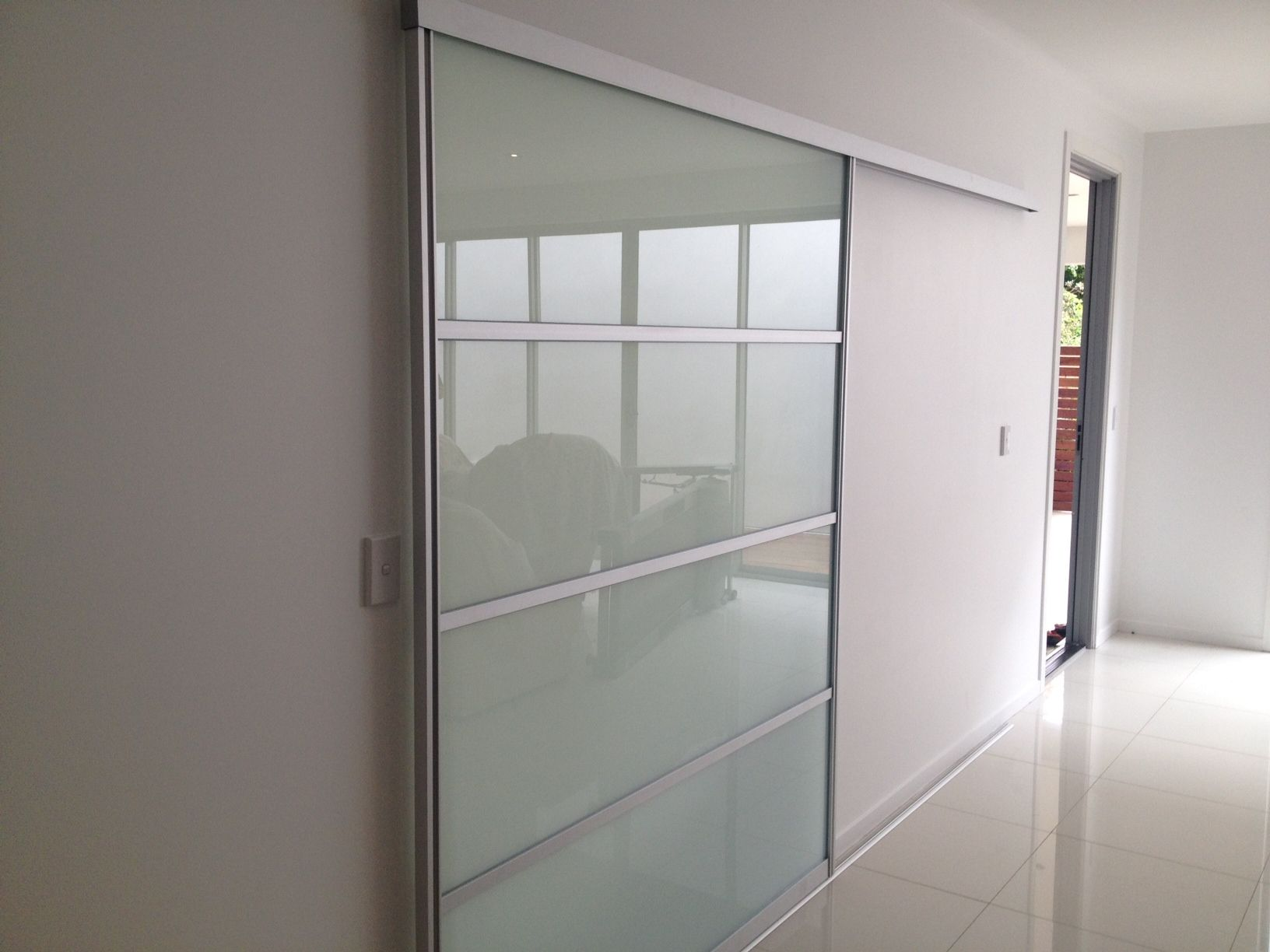 Interior sliding doors room dividers remont pinterest for Interior sliding glass doors room dividers