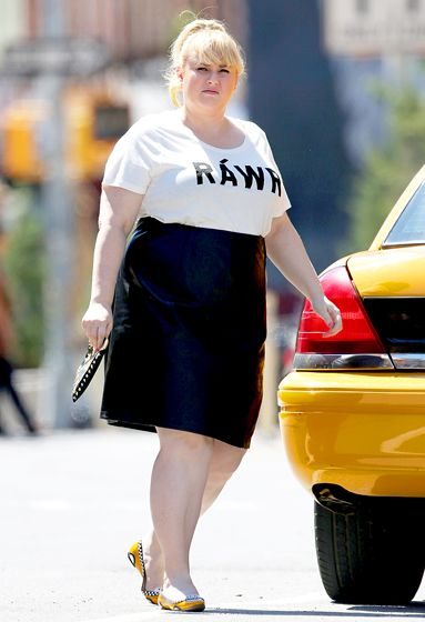 2c2a639d1fd00 Rebel Wilson rocked a graphic tee