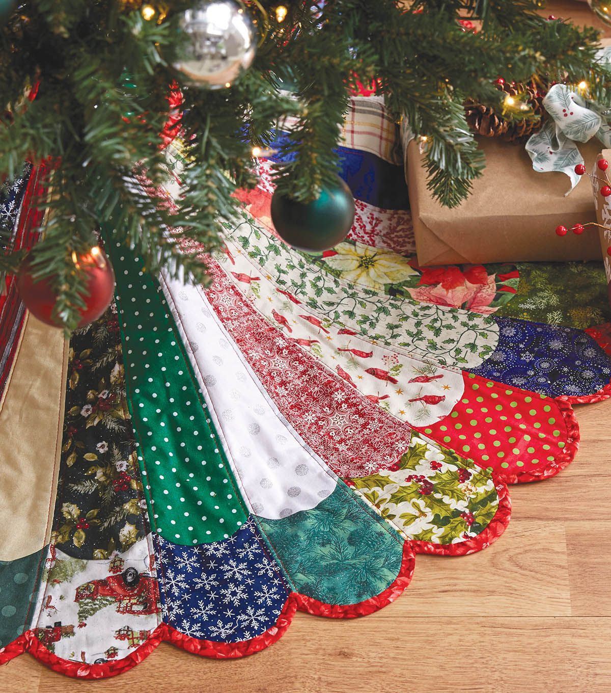"How To Make A 48"" Mixed Colors Quilted Tree Skirt JOANN"