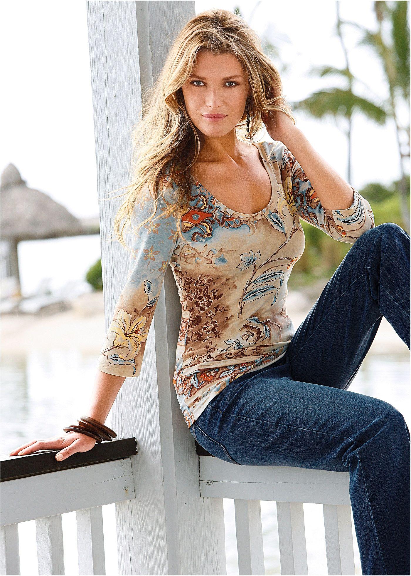 Blusa estampada branco estampado encomendar agora na loja on-line bonprix.de  R$ 69,90 a partir de Com estampa graciosa e mangas 3/4, cada peça é única. ...