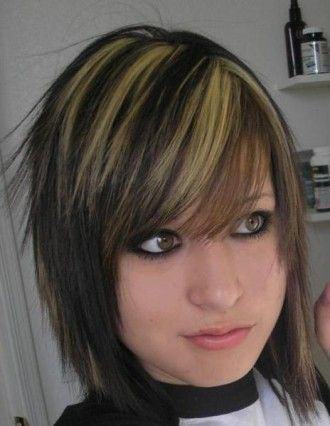 Shoulder Length Edgy Haircuts Cute Medium Length Haircuts On Shou Dark Brown Hair With Blonde Highlights Medium Hair Styles Brown Hair With Blonde Highlights