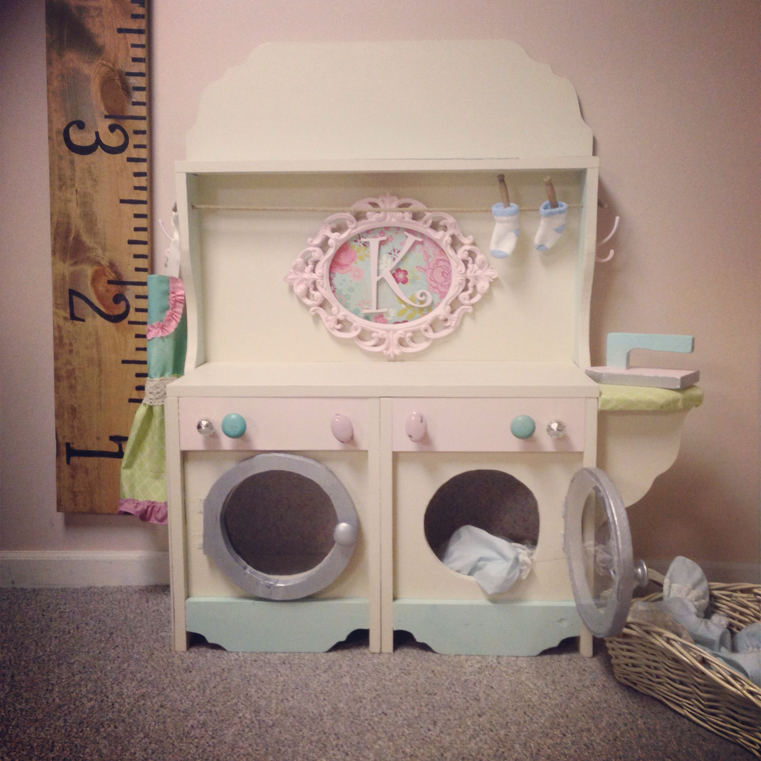 Biscuit colored washer and dryer - Little Kids Washer And Dryer Unit