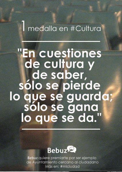 @malaga recibe nuestra primera medalla en #cultura por ser un Ayuntamiento 2.0  http://www.bebuz.com/miciudad/  #miciudad