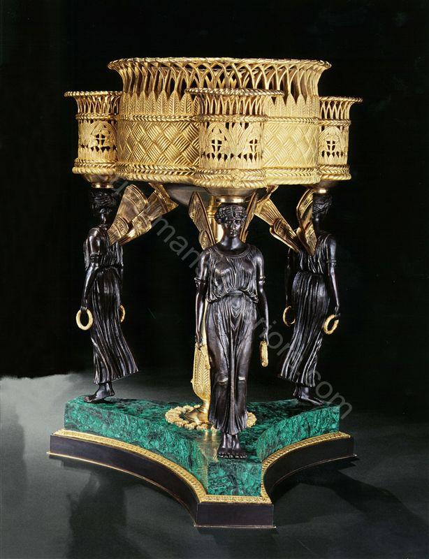 www.heuvelmans-interiors.com Gilt bronze flowerbox with ...