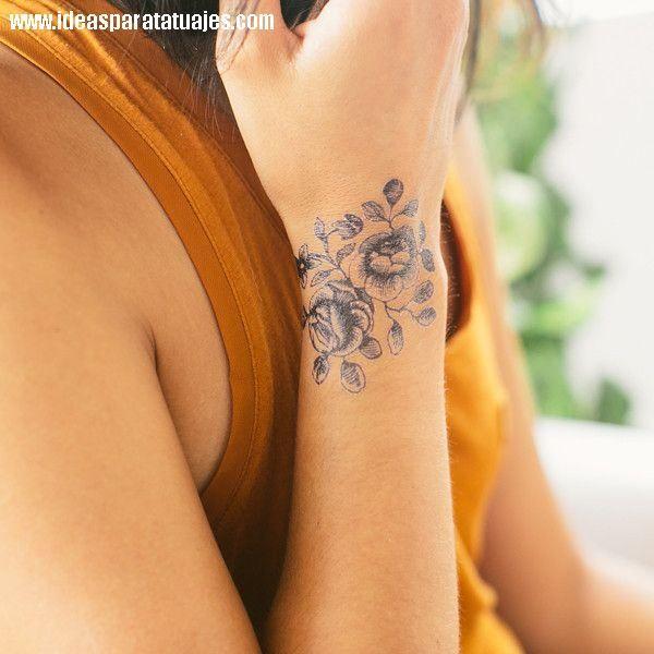 Cartolina Blooms Tatuaje de estrellas Las muecas y Tatuajes