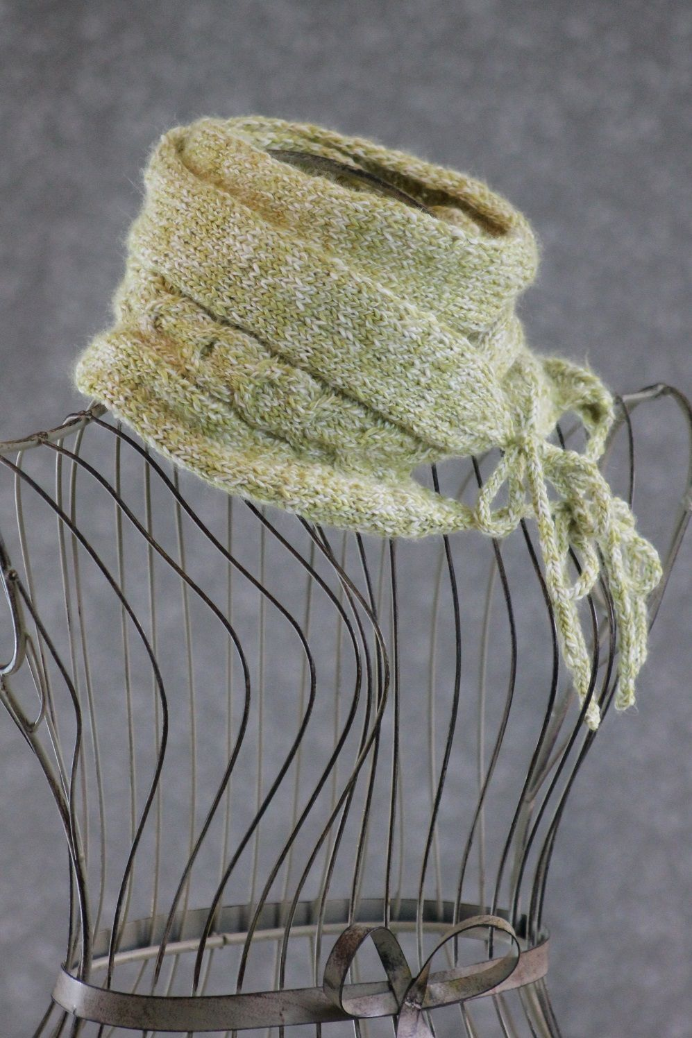 Free knitting pattern cowls and neck warmers horseshoe cable free knitting pattern cowls and neck warmers horseshoe cable muffler bankloansurffo Image collections